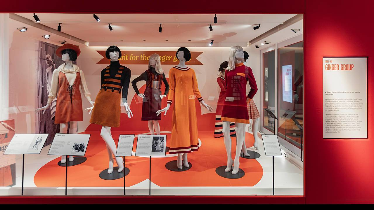 08 Exhibition - Mary Quant