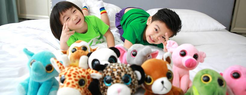'Catch the Elves' in Reality! Enjoy a Super Exciting Family Staycation at Dorsett Wanchai