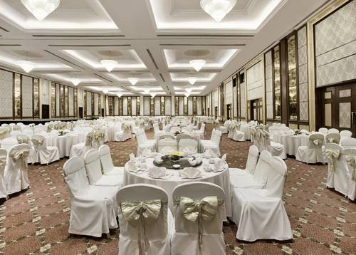 Sizeable ballroom to accommodate your memorable wedding