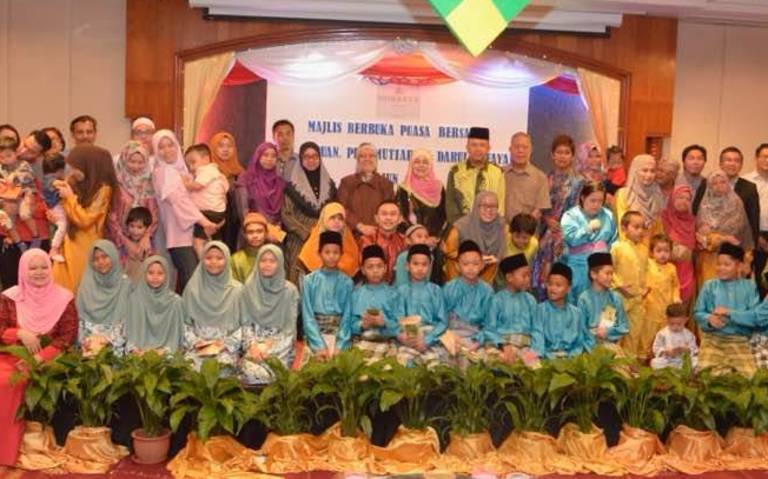 Iftar with the special children and needy at Dorsett Grand Labuan