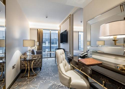 DCL - Dorsett Junior Suite